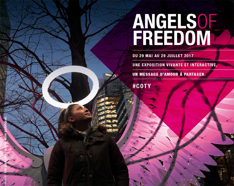 Angels of Freedom exposition culturelle centre commercial